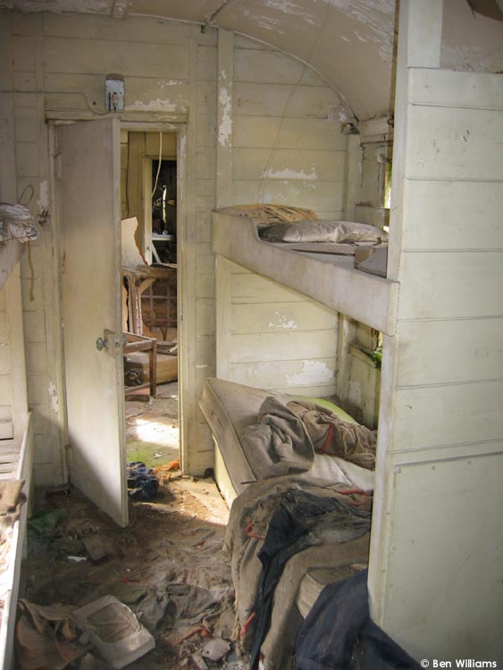 Dw 150359 Interior 1 Staff Amp Dormitory Coach 171 Test