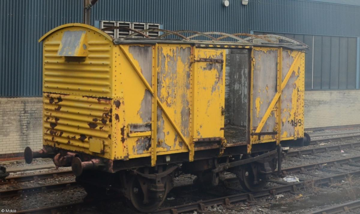 Photo of 041498 at Leeds Neville Hill Depot